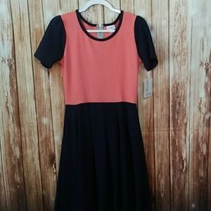 LuLaRoe Dresses - Medium Lularoe Amelia Dress